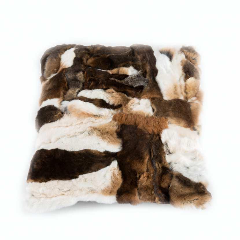Housse de coussin patchwork fourrure naturelle de lapin - Housse de coussin patchwork ...